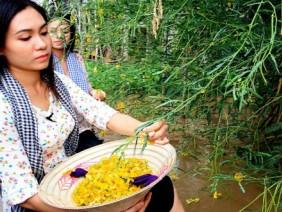 Đặc sản mùa nước nổi khan hiếm vì lũ chưa về