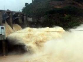 Thủy điện Hố Hô xả lũ gây ngập: