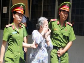 Cụ bà 73 tuổi bị kết án tử vì tin