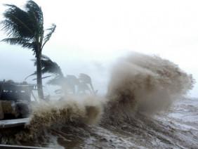 Tin mới nhất về cơn bão Nock-ten