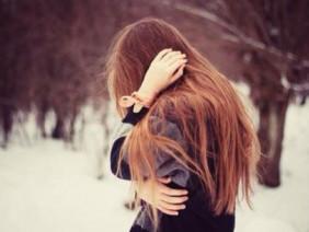 Con gái à, đừng khóc vì một người không đáng...