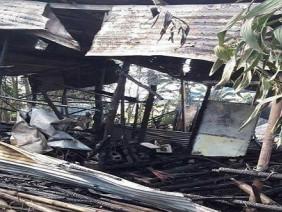 Bé 5 tuổi chết cháy sau khi cha mẹ khóa cửa nhà đi làm