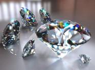 Khách Trung Quốc bị nghi nuốt trộm viên kim cương giá 100.000 USD