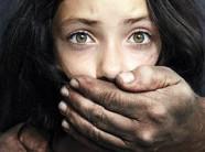 Kinh hoàng bé gái 14 tuổi bị ép quan hệ với 1.000 đàn ông trong 2 năm