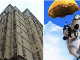 Bắt chước nhân vật trong phim hoạt hình, cậu bé cầm ô nhảy từ tầng 5 xuống đất