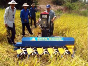 Nông dân Bùi Hữu Nghĩa- Anh hùng LĐ làm hơn 10.000 máy nông nghiệp