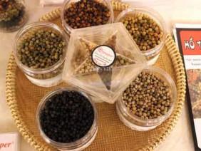 Loạn thuốc bảo vệ thực vật tàn phá ngành tiêu ở thủ phủ hồ tiêu
