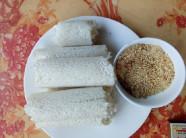 Bỏ gạo nếp vào trong ống tre xanh, tha hồ kiếm tiền triệu mỗi ngày
