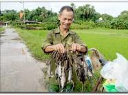 Lão nông kỳ tài có tuyệt kỹ bắt chuột nổi tiếng đất Tuyên Quang